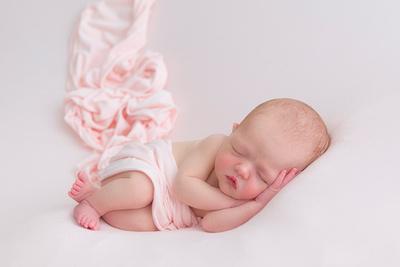 Willow - newborn shoot